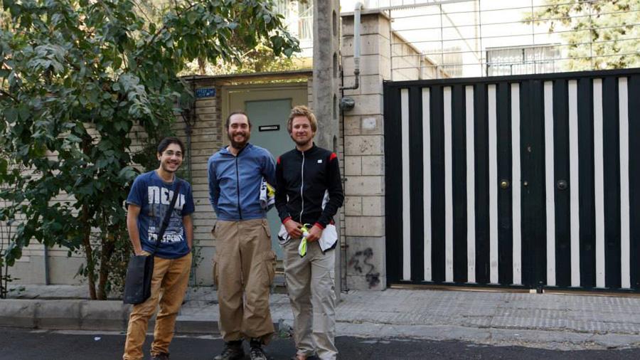Rozbe Teheran Couchsurfing host