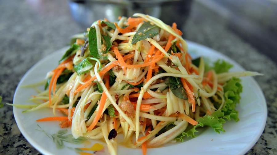 My favourite salad from papaya